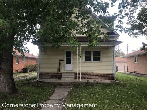 Photo of 1205 S 25th St, Fort Dodge, IA 50501