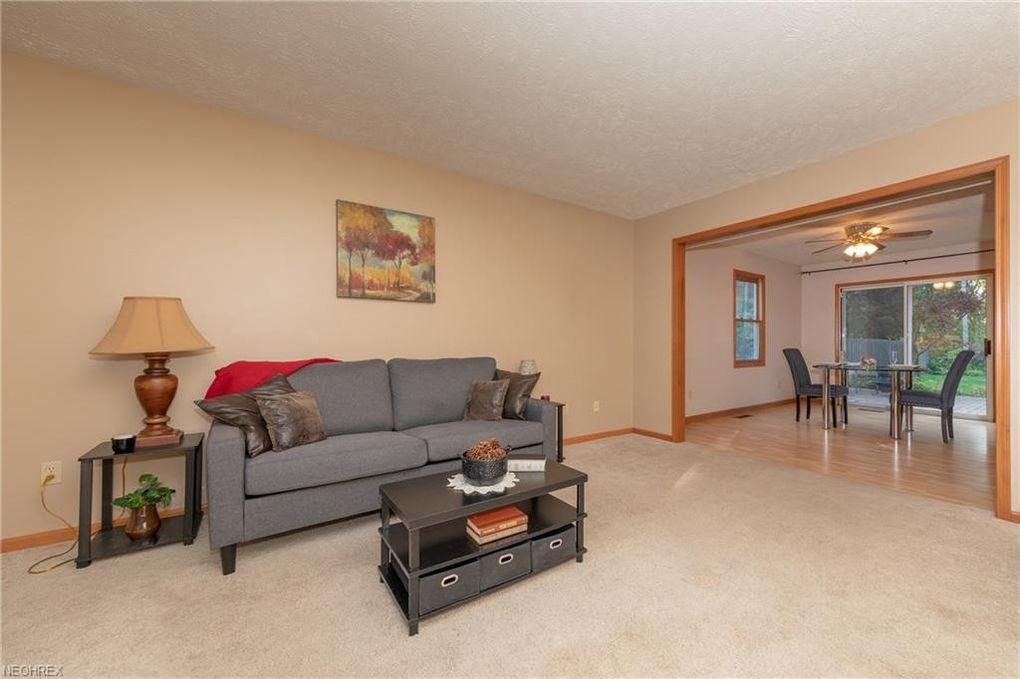 720 Arline Ave, Eastlake, OH 44095