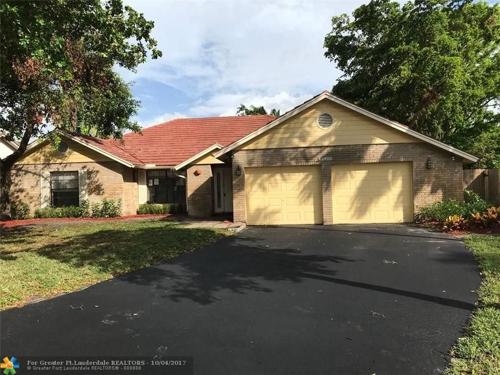 10655 Nw 2nd Pl, Coral Springs, FL 33071