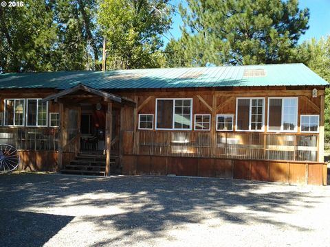 602 S Mill St, Sumpter, OR 97877
