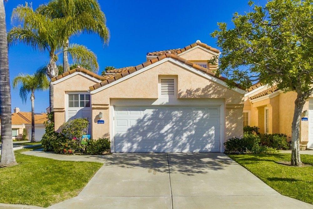 12150 Royal Lytham Row, San Diego, CA 92128
