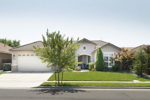 Yuba City CA Homes With Special Features