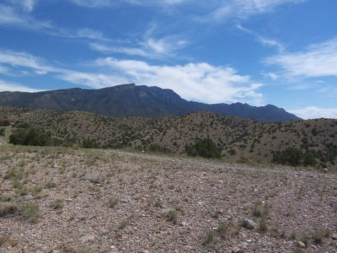 Photo of 150 Overlook Dr, Placitas, NM 87043