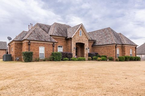 Photo of 1305 Gaston Dr, Southaven, MS 38671
