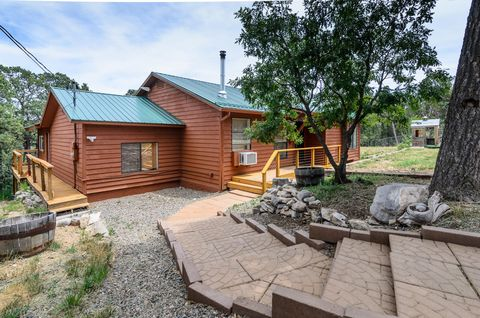 Photo of 27 Easy St, Tijeras, NM 87059