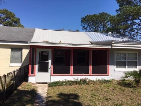 Photo of 50 E Pine St Unit 5, Carrabelle, FL 32322