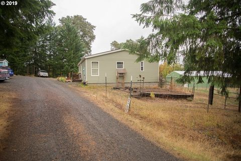 Photo of 17005 Selden Rd, Dallas, OR 97338