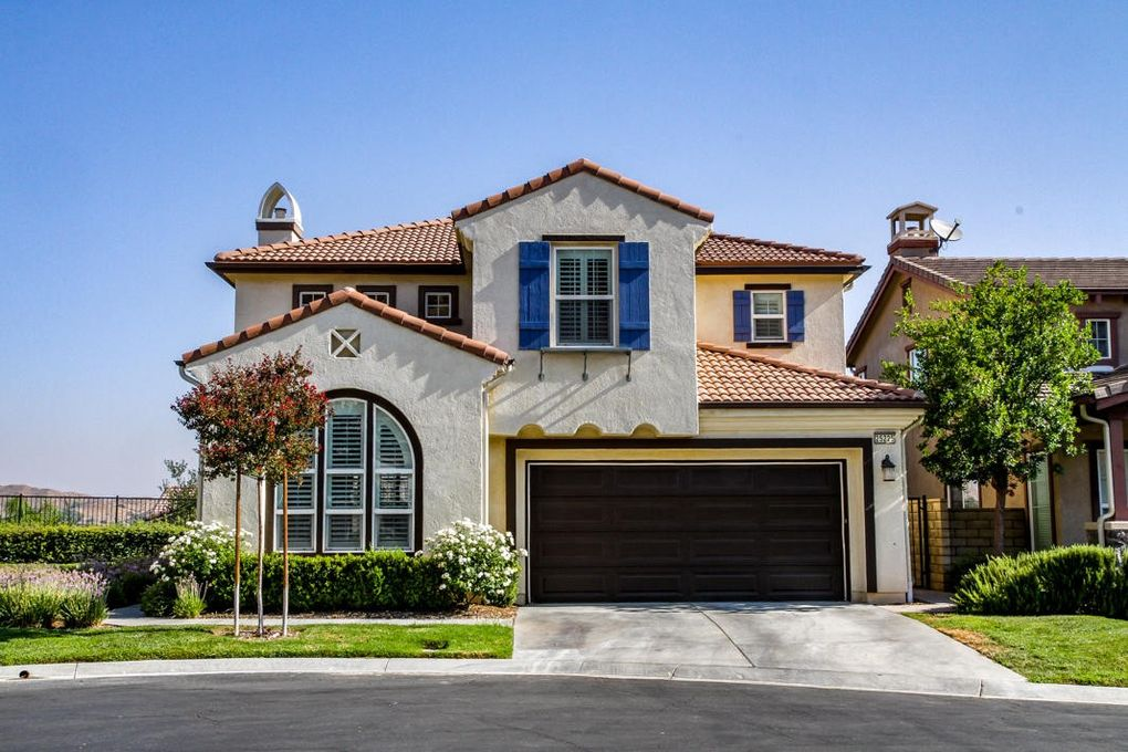 25225 Favoloso Ct, Stevenson Ranch, CA 91381