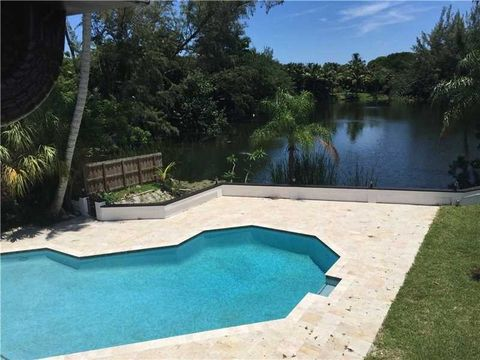 6 Ne 24th St, Wilton Manors, FL 33305
