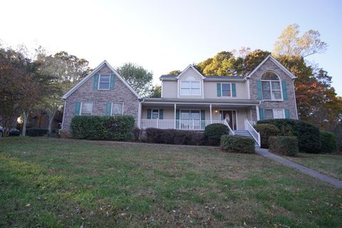 Photo of 8313 Cambridge Woods Ln, Knoxville, TN 37923
