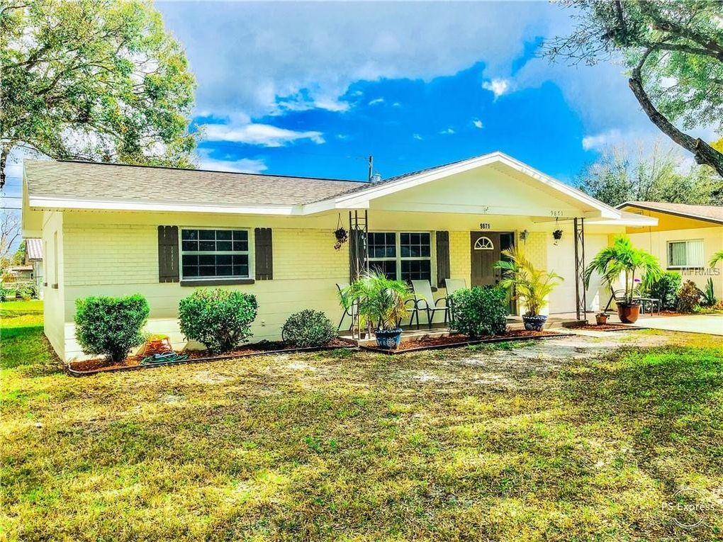 9871 56th St N, Pinellas Park, FL 33782
