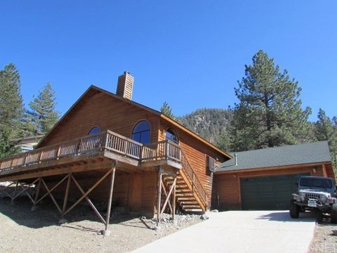 Photo of 1513 Linden Dr, Pine Mountain Club, CA 93222