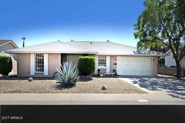 11031 W Cumberland Dr, Sun City, AZ 85351