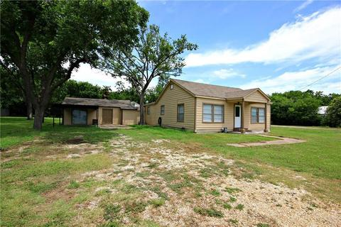 1706 Cecelia St, Taylor, TX 76574