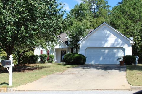 803 Plantation Ct Unit 28 Loganville GA 30052