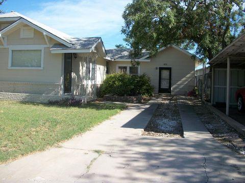 Photo of 401 W 7th St, Iraan, TX 79744