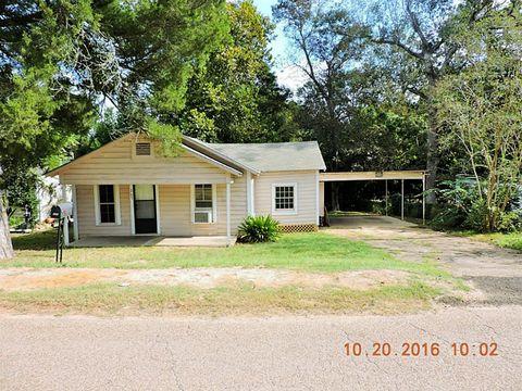205 Liberty Ave, Livingston, TX 77351