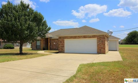 Photo of 7 Golfview Dr, Hilltop Lakes, TX 77871