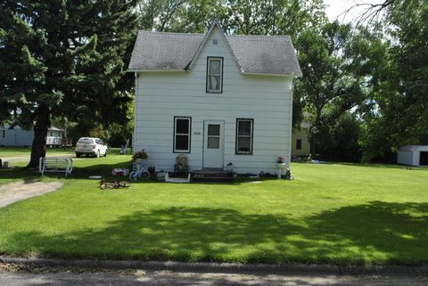 1010 Dale Ave, Hoople, ND 58243