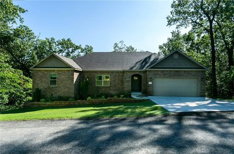 Photo of 35 Allonby Cir, Bella Vista, AR 72714