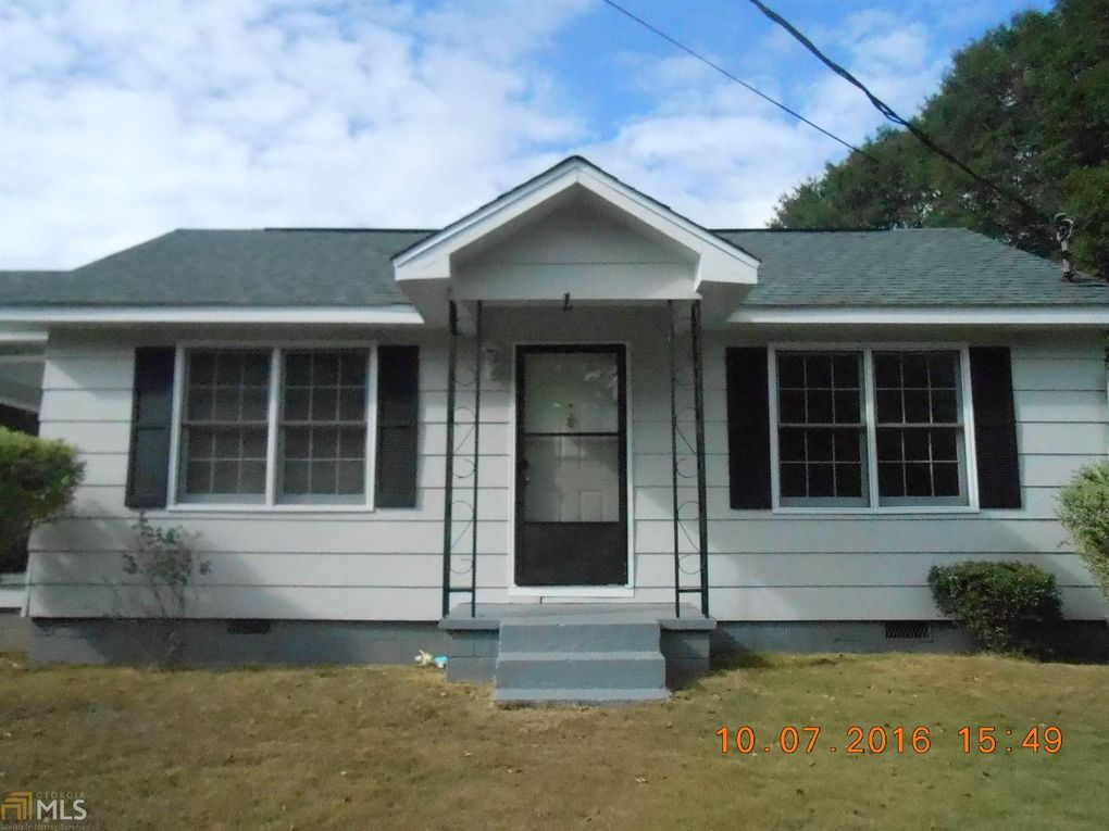 1703 53rd St, Valley, AL 36854