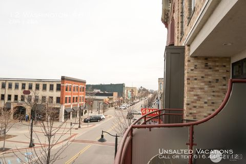 Photo of 12 Washington # 8, Grand Haven, MI 49417