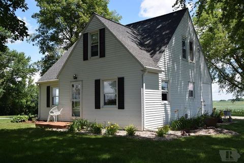 Photo of 2116 Jessup Ave, State Center, IA 50247