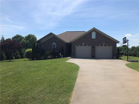 Photo of 1784 Union Heights Ct, Vale, NC 28168