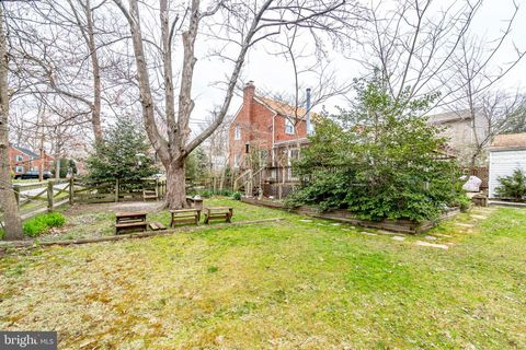 Photo of 3125 Celadon Ln, Falls Church, VA 22044