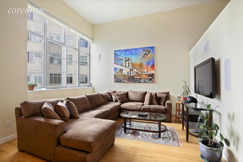 2728 Thomson Ave Unit 327, Long Island City, NY 11101