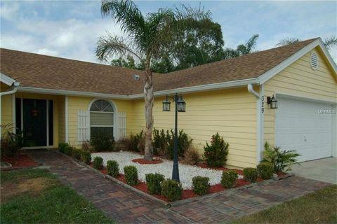 329 Hidden View Dr, Groveland, FL 34736