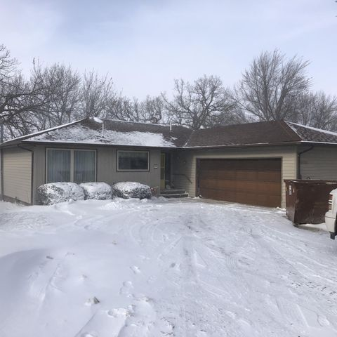 Photo of 266 Country Club Dr, Lake Park, IA 51347
