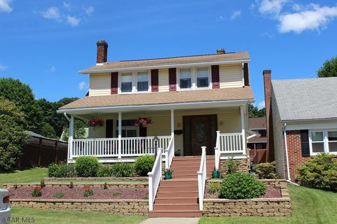 Photo of 910 26th Ave, Altoona, PA 16601