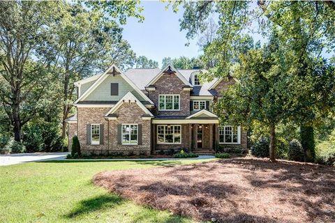 5 Bedroom Atlanta Ga Homes For Sale Realtor Com 174