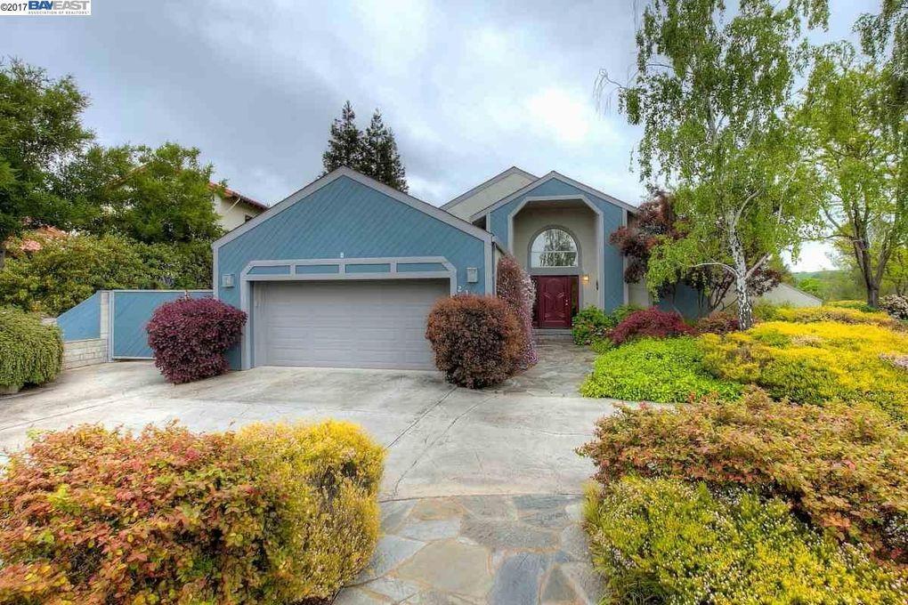 2307 Grosvenor Heights Ct, Livermore, CA 94550