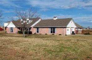 Photo of 933 Pierce Rd, Red Oak, TX 75154