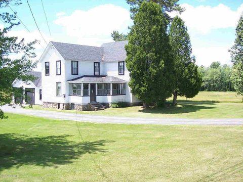 Photo of 878 State Route 86, Saranac Lake, NY 12983