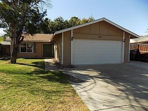 5891 E Ramona Ave, Fresno, CA 93727