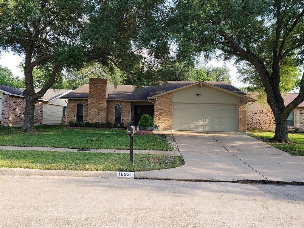 16931 Macleish Dr, Houston, TX 77084