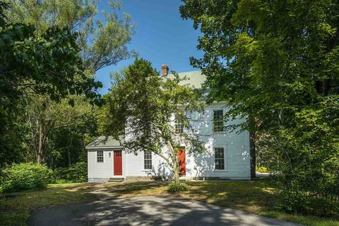 Photo of 1549 Hopkinton Rd, Hopkinton, NH 03229