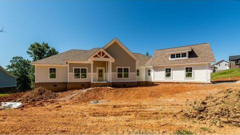 Photo of 370 Golf Ridge Dr, Kingsport, TN 37664