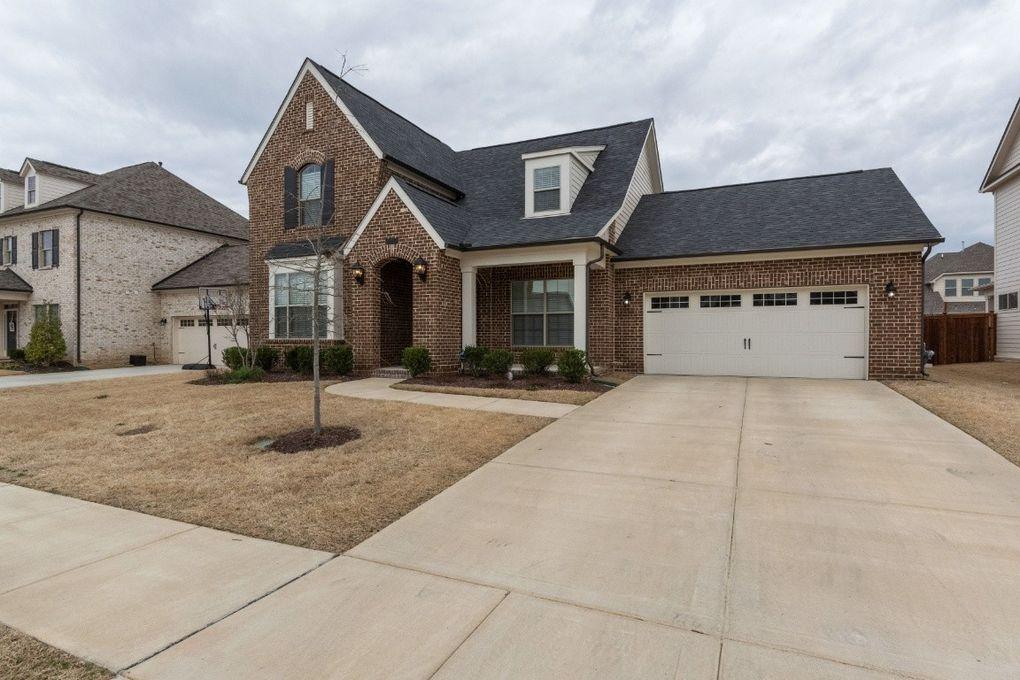 913 Sapphire Dr Murfreesboro, TN 37128