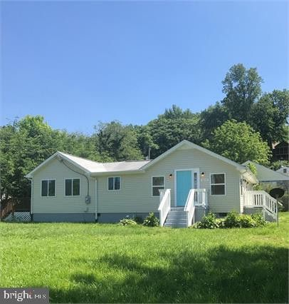 Photo of 5472 Riverview Dr, King George, VA 22485