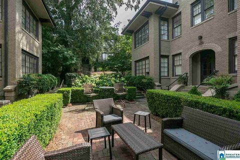 Photo of 3123 Highland Ave S Apt 202, Birmingham, AL 35205