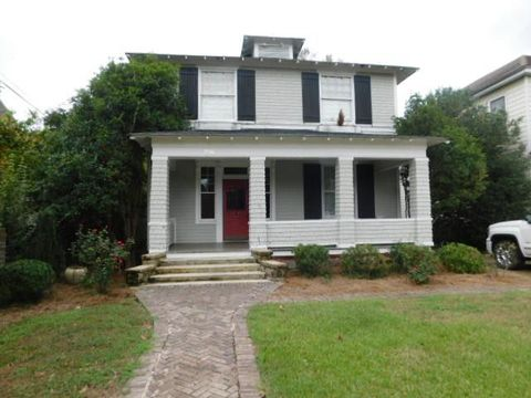 Photo of 216 W Calhoun St, Sumter, SC 29150