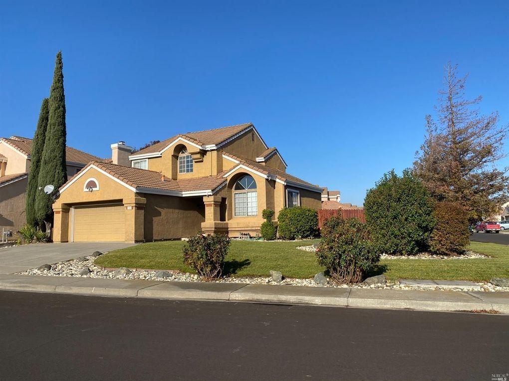 786 Laurelwood Cir Vacaville, CA 95687