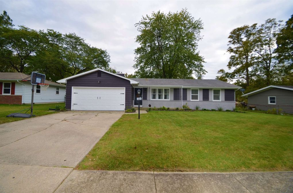 3334 Adirondack Dr Fort Wayne, IN 46816
