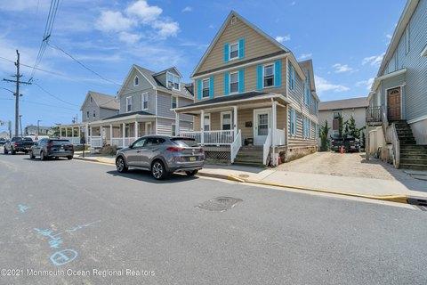 6 Center St, Sea Bright, NJ 07760