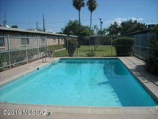 Photo of 3009 E Blacklidge Dr, Tucson, AZ 85716