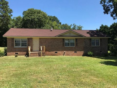 Photo of 2095 Wedgefield Rd, Sumter, SC 29154